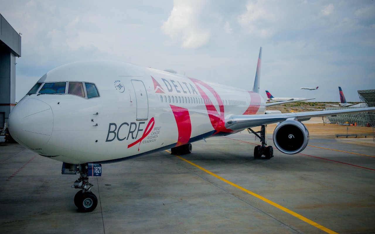 Delta Air Lines cancelará 250 vuelos más por falla en sistemas