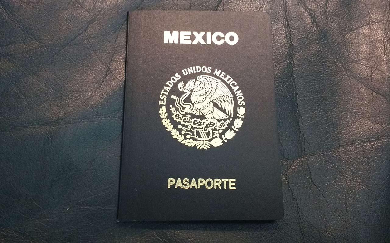 Reportan fallas en el sistema para tramitar el pasaporte en línea
