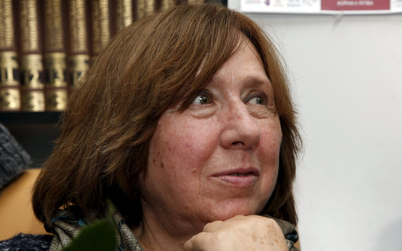 Periodista Svetlana Alexievich gana Nobel de Literatura