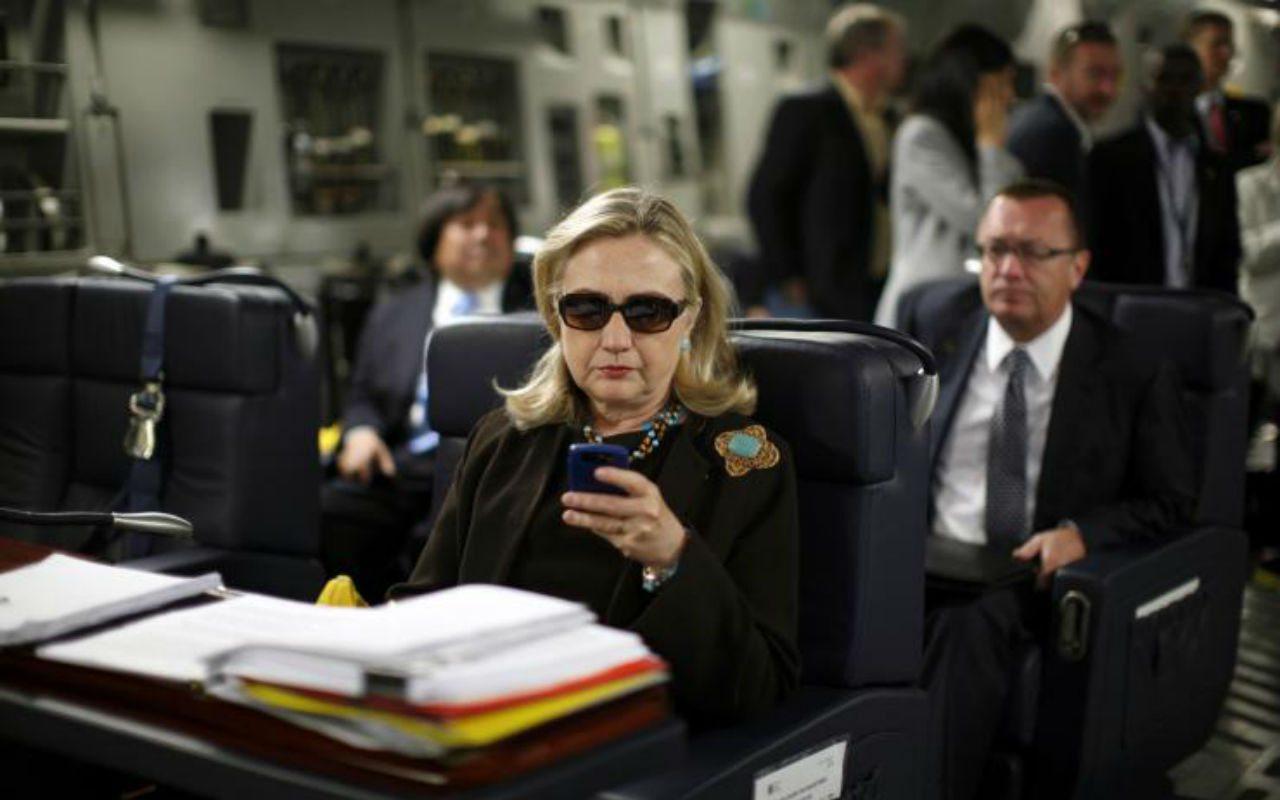 ¿Qué relación tiene Hillary Clinton con la Shadow IT?