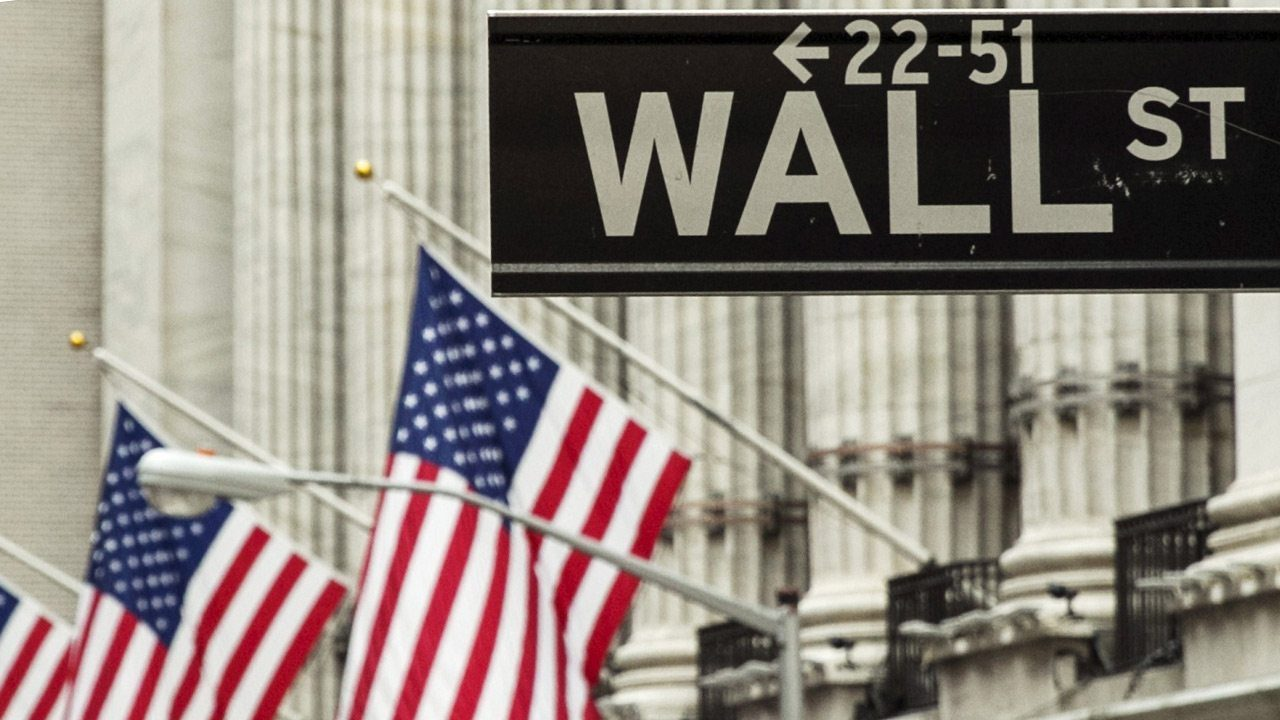 Amazon y Apple impulsan repunte de Wall Street