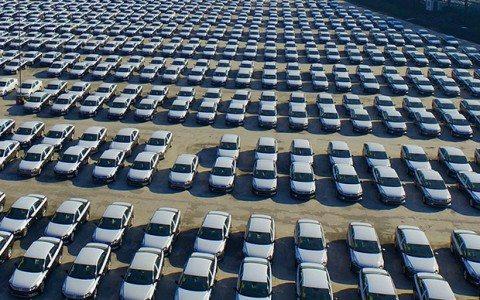 Ventas de autos aumenta 25.9% en junio