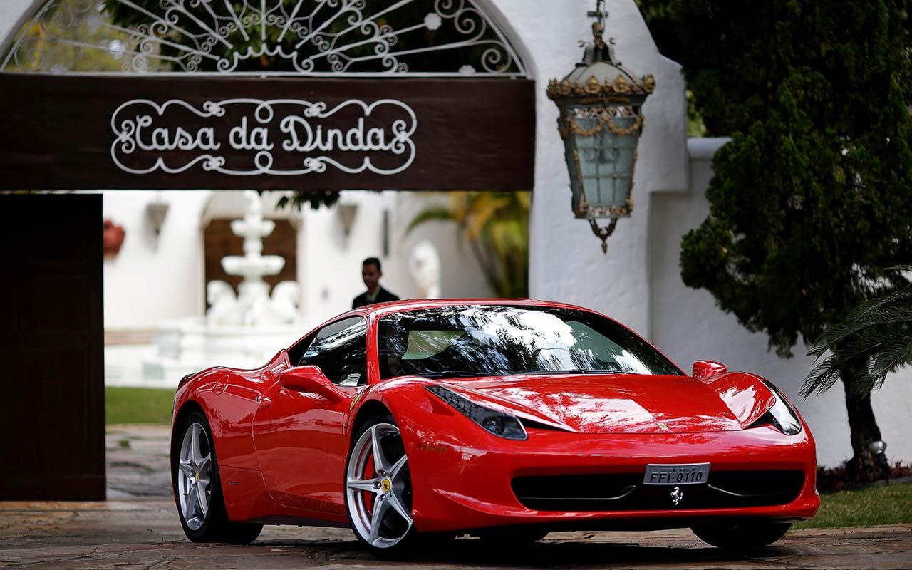 ¿Por qué los autos son sinónimo de lujo en el Caribe?