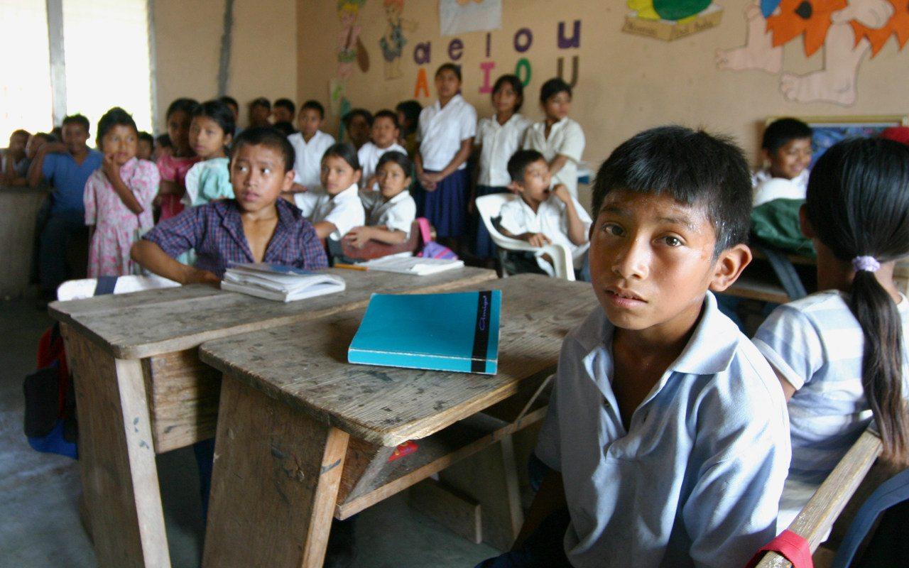 México tiene 30 millones de personas en rezago educativo