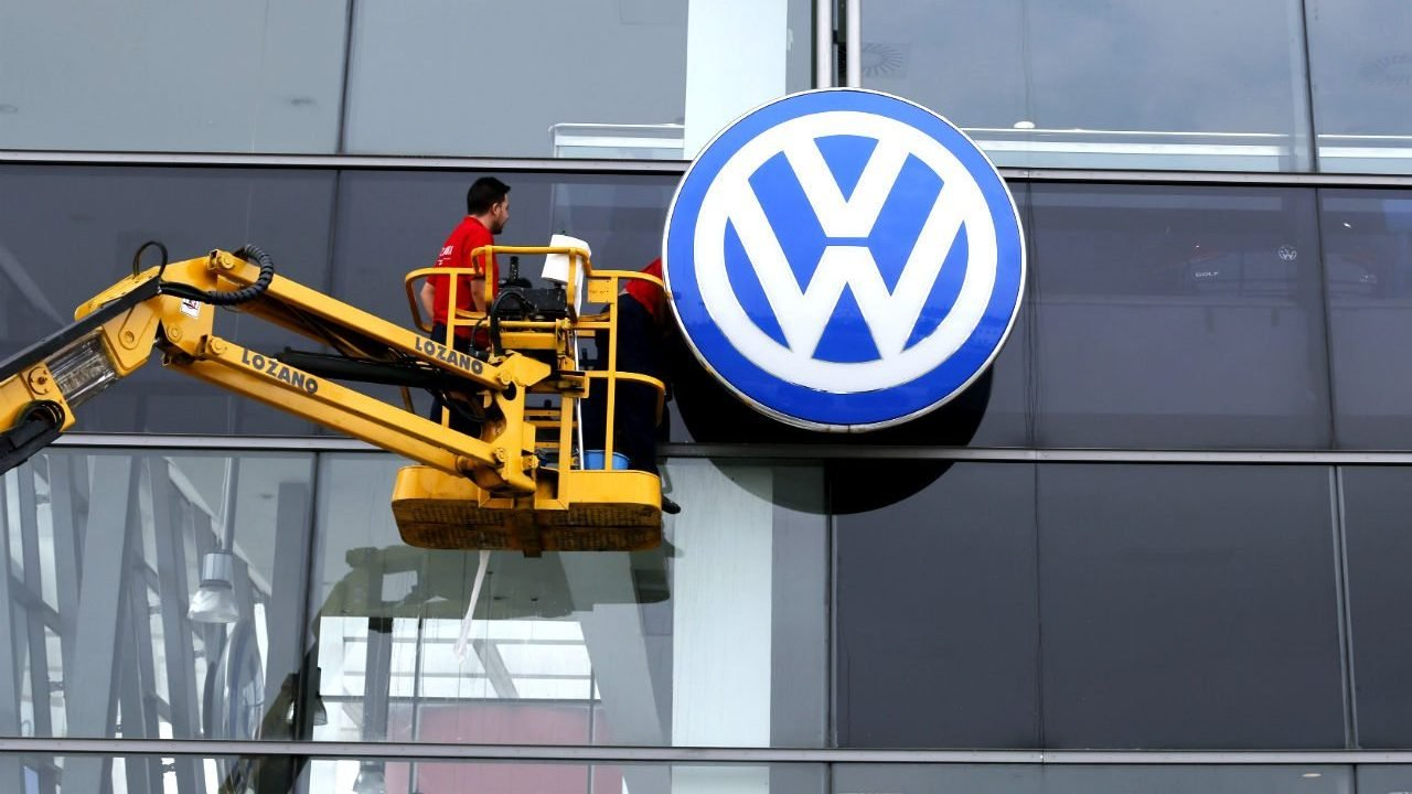 Volkswagen de México dice que no hay condiciones para  reinicio de operaciones