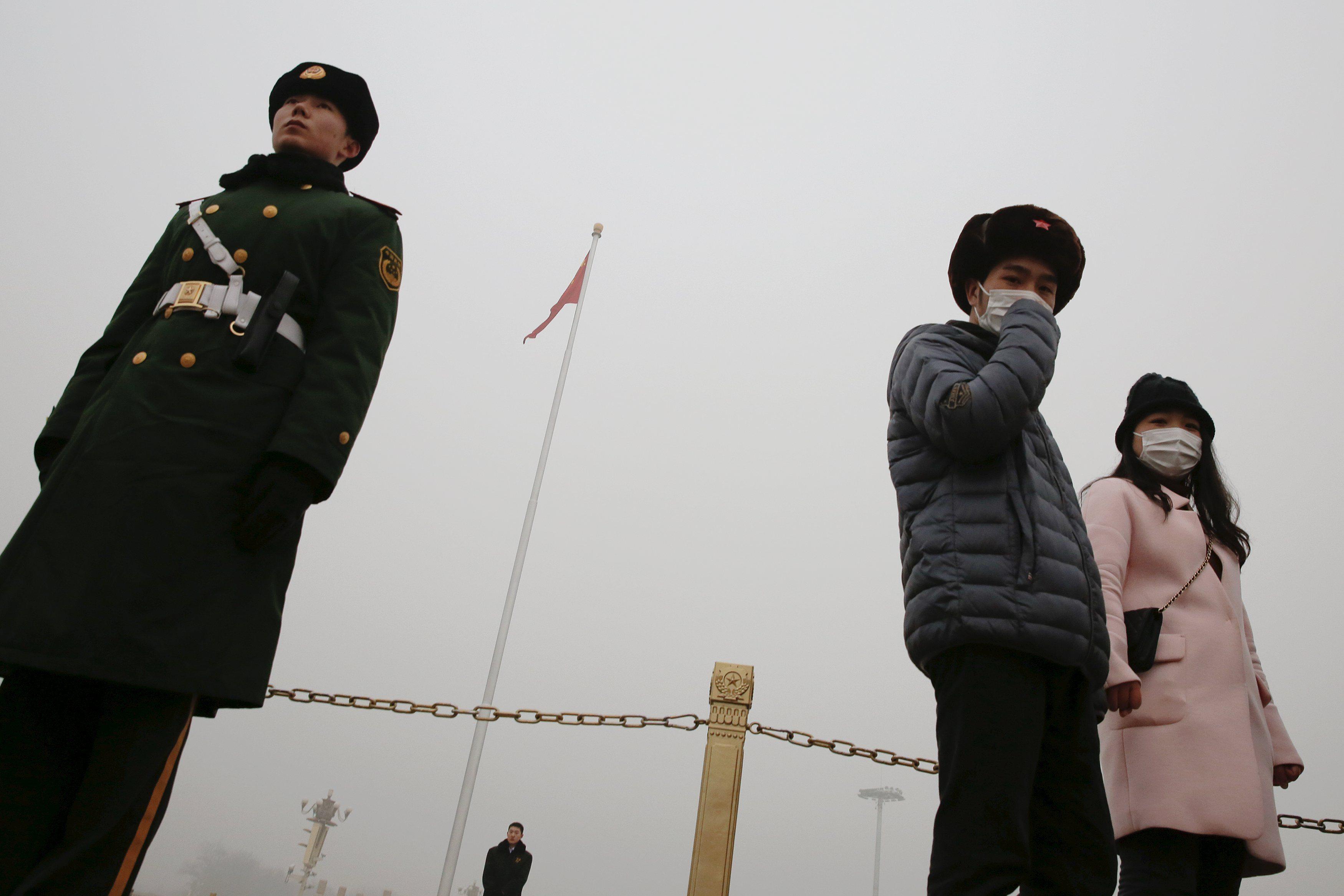 China planea endurecer reglas contra contaminación ambiental