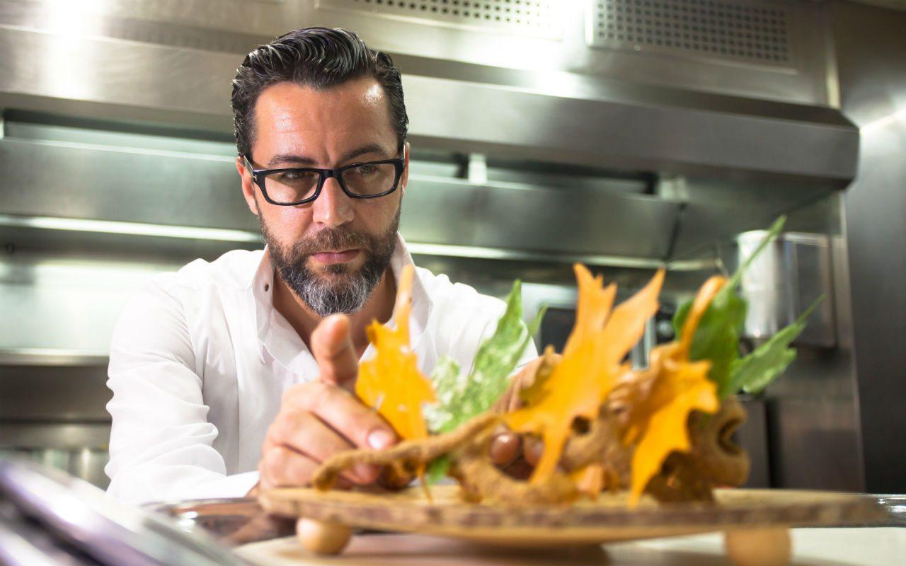 Quique Dacosta lleva su gastronomía a Dubái