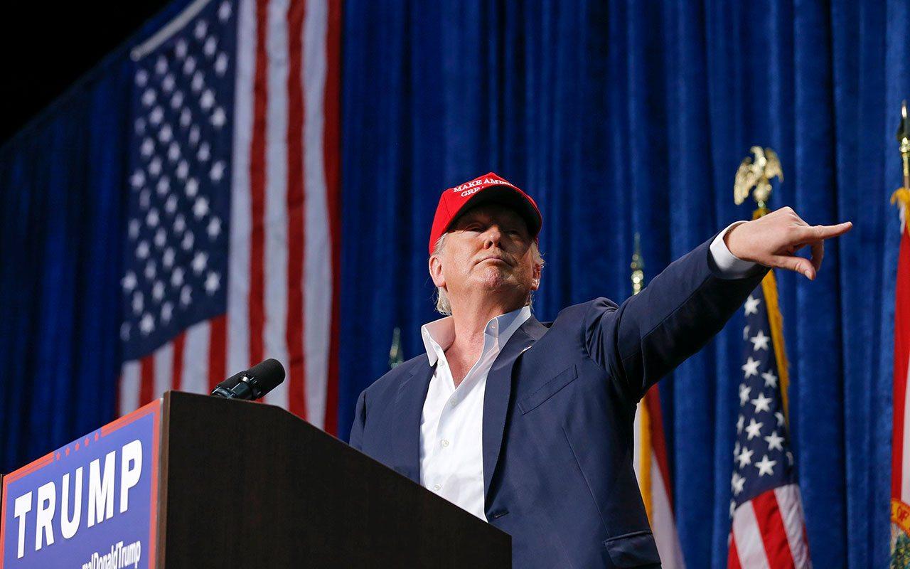 Exfuncionarios de Cambridge Analytica trabajan para campaña de Trump 2020: AP