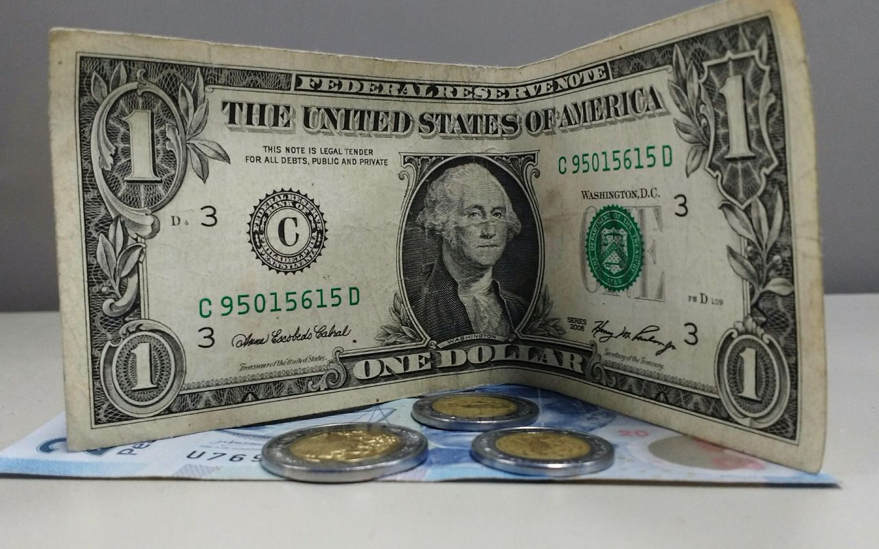 Peso se hunde tras comentarios de Yellen