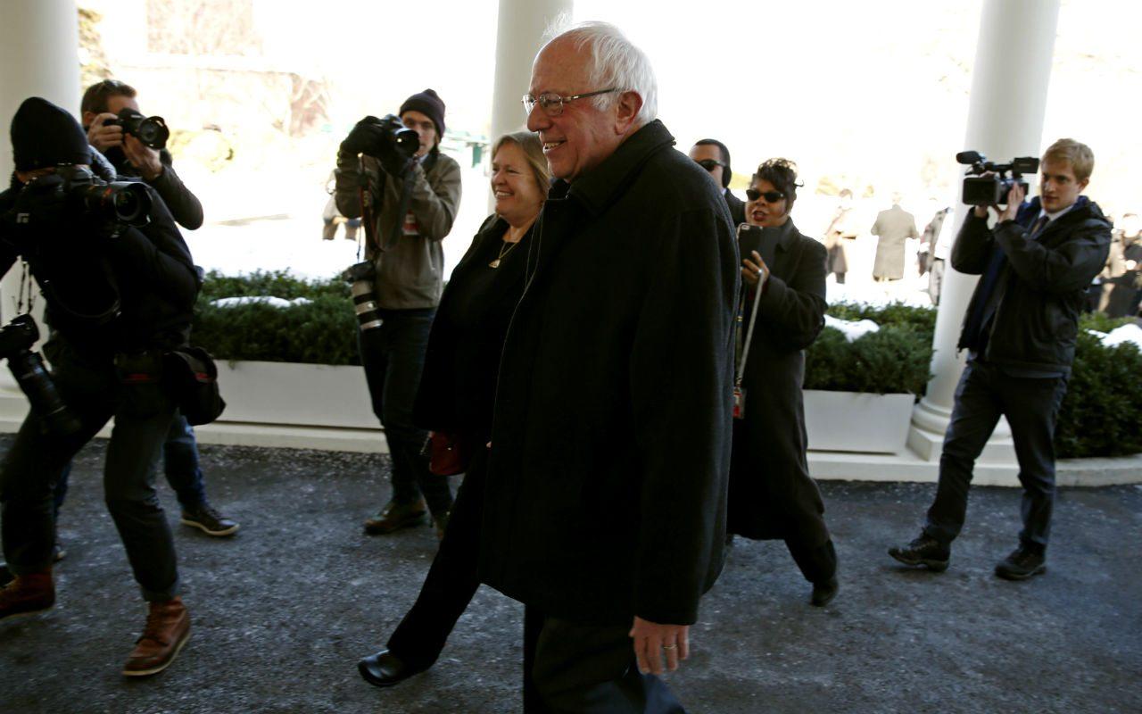 Bernie Sanders, rival de Trump a la presidencia, es hospitalizado de emergencia