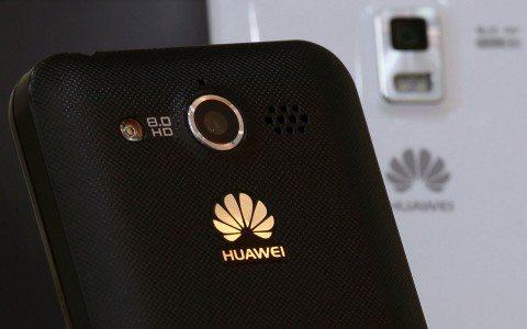 Huawei creará el smartphone que carga en 10 minutos con 'material de Dios'