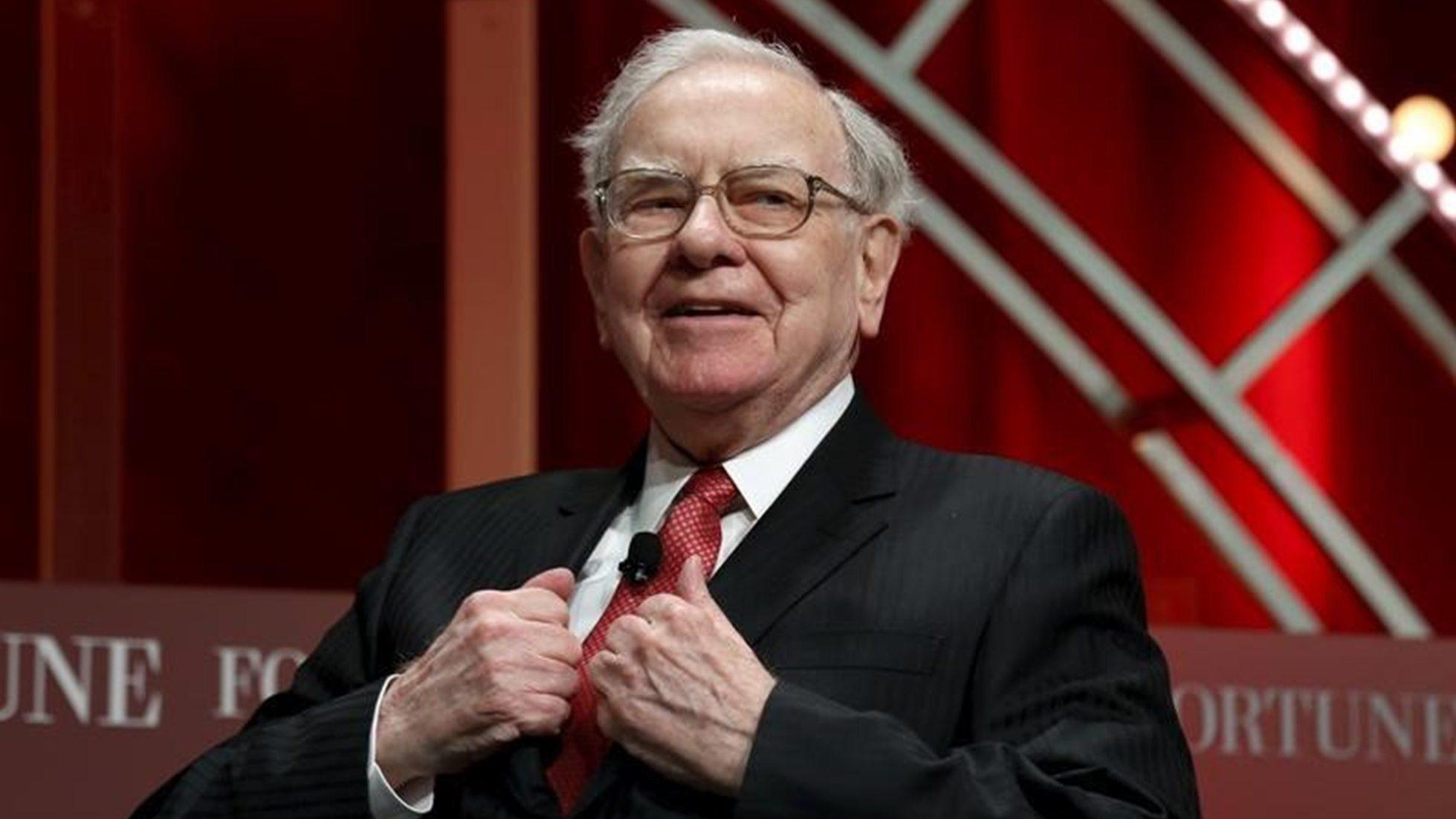 Pagan 3.3 mdd por almorzar con Warren Buffett