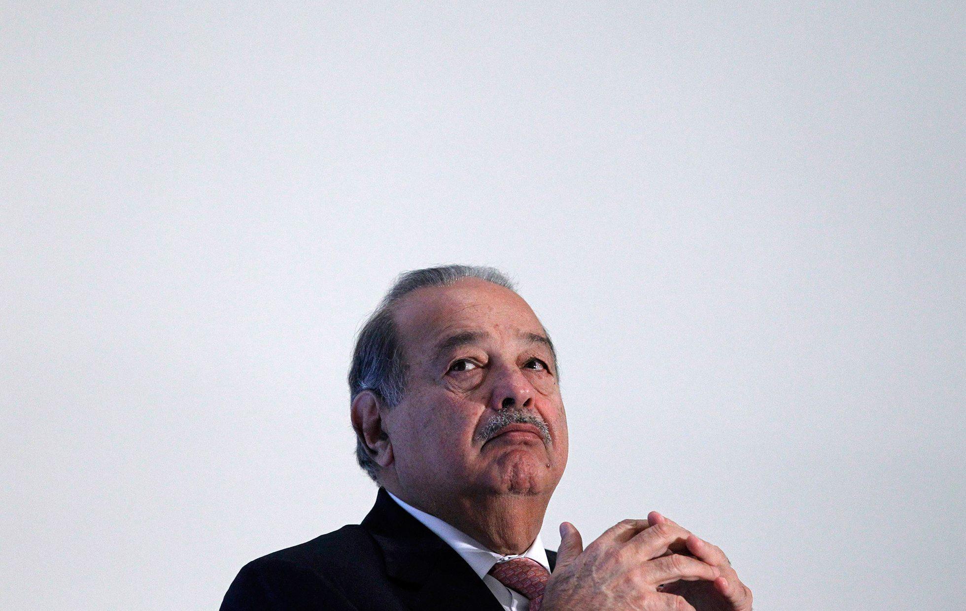 Subsidiamos a AT&T y Telefónica con 300 mdp mensuales: Carlos Slim