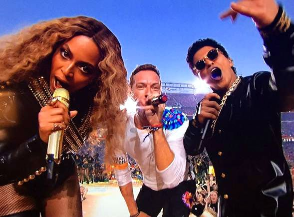 Beyonce, Chris Martin y Bruno Mars. (Foto: independent.co.uk)