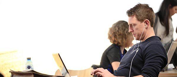 Estudiar un master en una top Business School europea, y continuar con tu carrera profesional es posible ¿quieres saber cómo?
