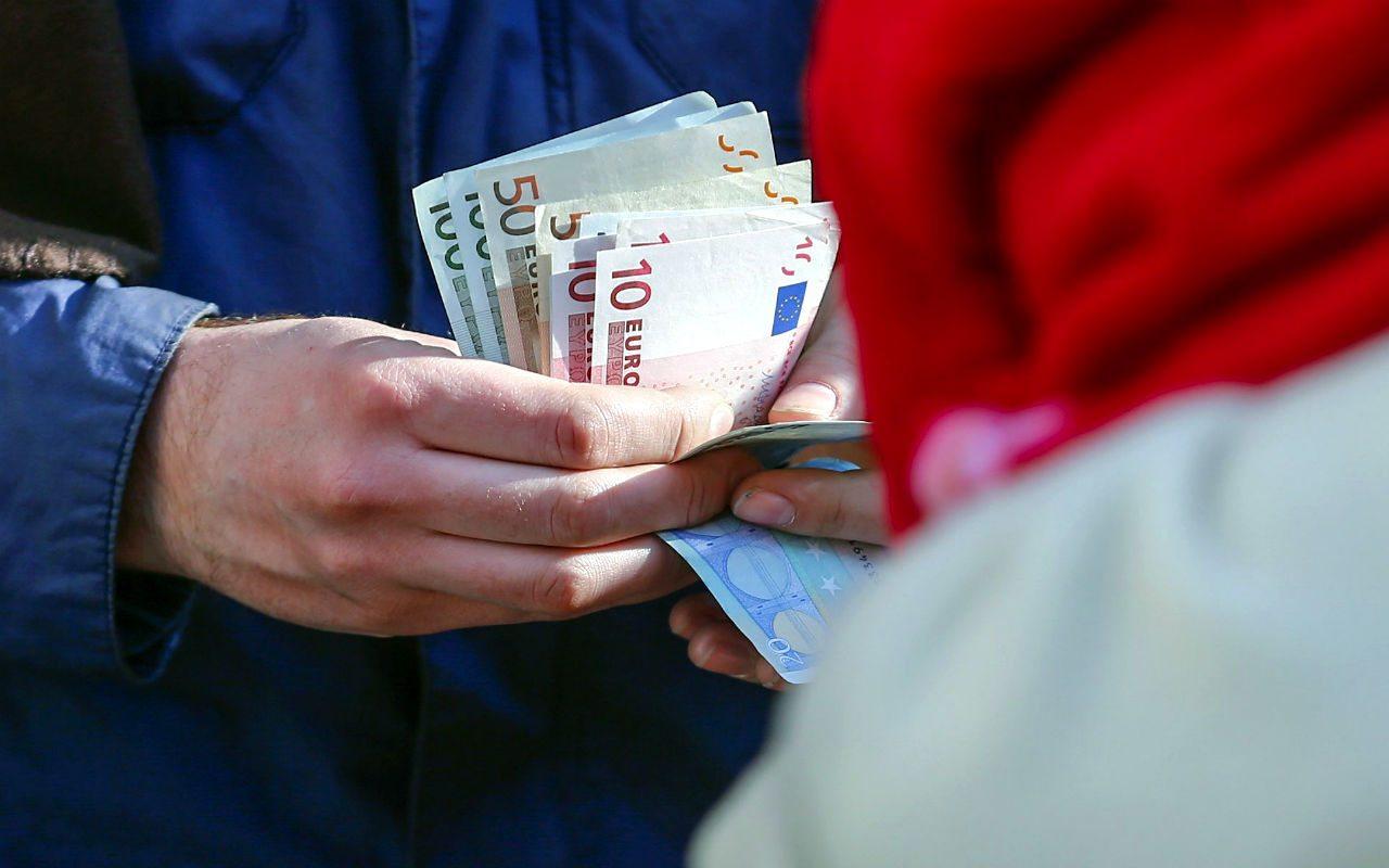 La 'guerra' contra el efectivo disparará al oro y la plata