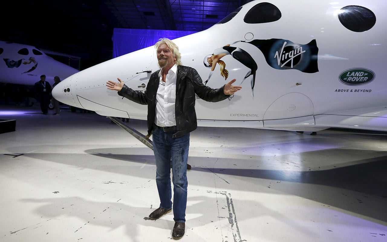 Millonario chino será el primer turista espacial de Virgin Galactic