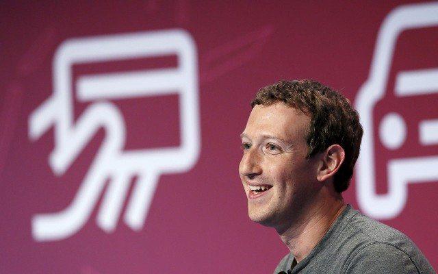 Mark Zuckerberg durante su keynote en el MWC 2016. (Foto: Reuters.)