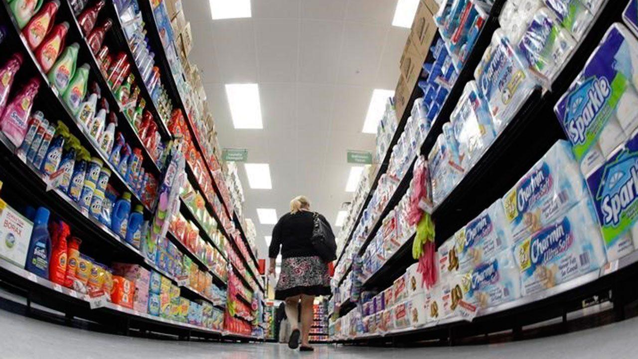 Walmart gana menos de lo esperado en el trimestre