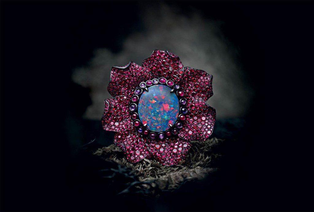 Los anillos de Chopard inspirados en una misteriosa flor