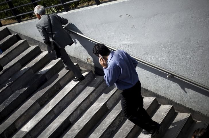 Mexicanos, los que más hablan por celular en América Latina: América Móvil