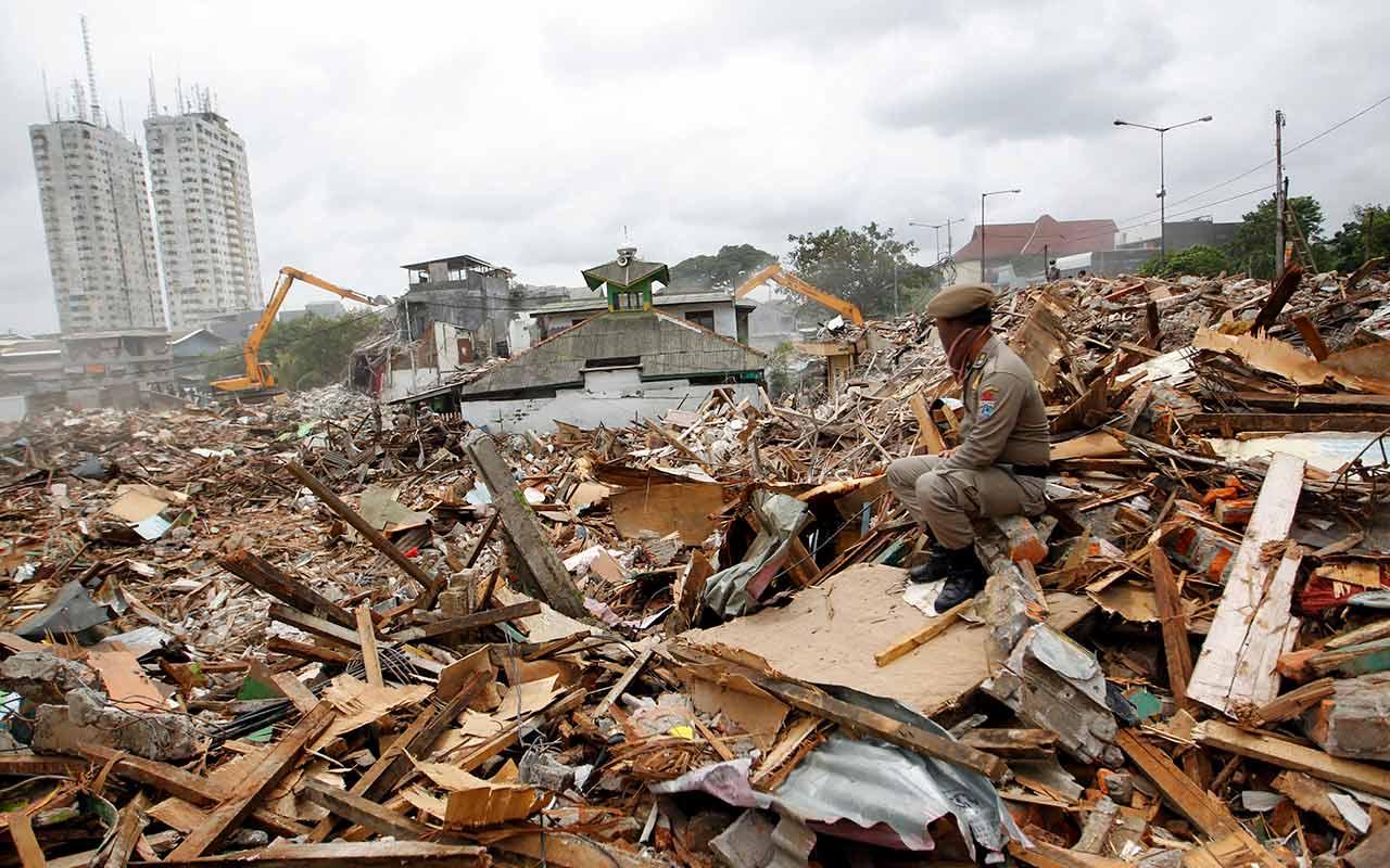Sismos en Indonesia dejan al menos 36 muertos y varios heridos