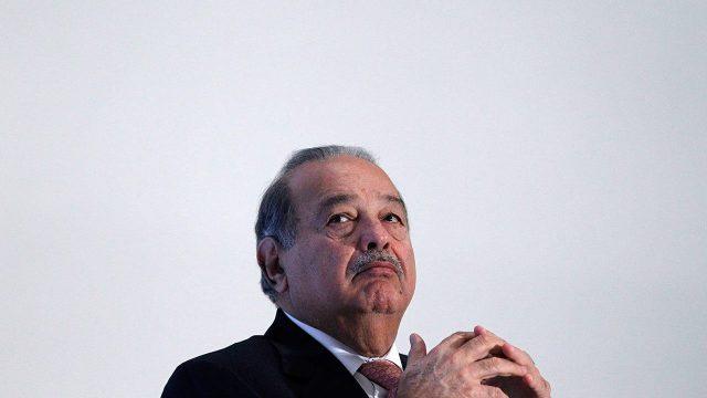 América Móvil y JCDecaux fusionan negocios de publicidad exterior en México