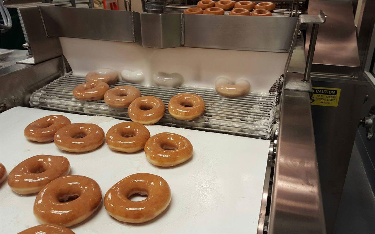 Oxxo anuncia venta de Krispy Kreme en sucursales de Monterrey