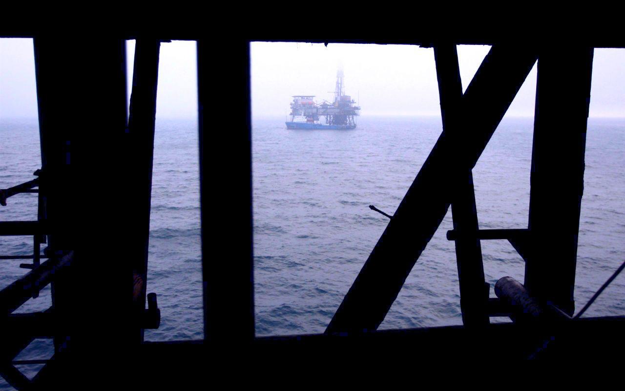 Precios del petróleo caen por toma de ganancias