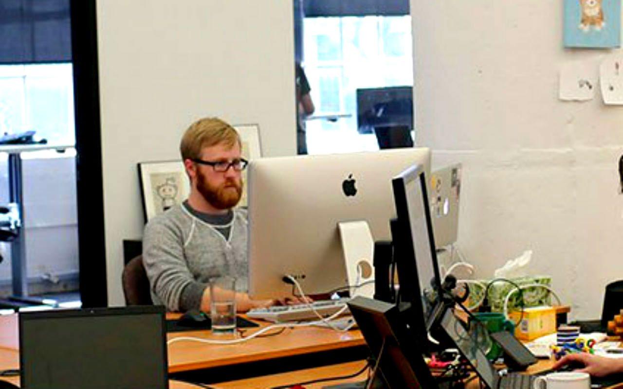 8 cursos de programación, IA y datos que puedes tomar por un dólar al mes