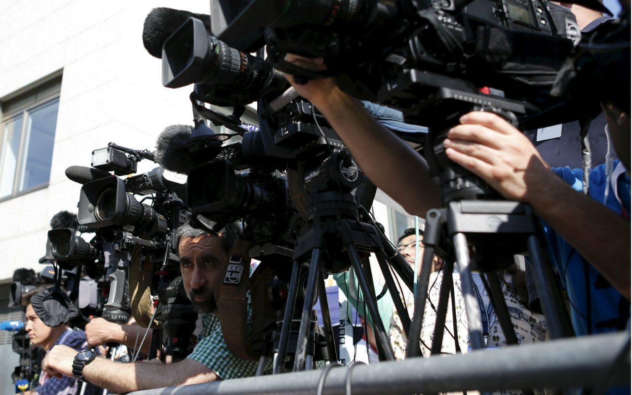 SIP manda mensaje a cuatro presidentes sobre libertad de prensa, entre ellos AMLO