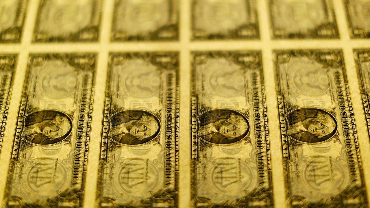 Economía de Estados Unidos crece más de lo esperado