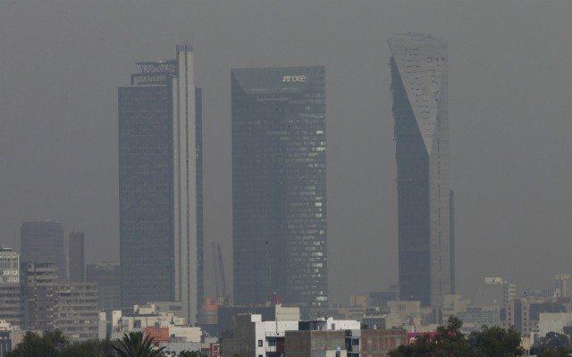 Vista de la Ciudad de México, en la última contingencia ambiental por altas concentraciones de contaminación. Foto: Reuters.