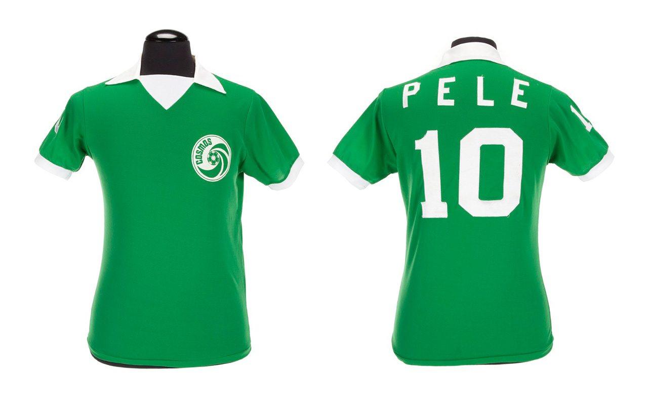 Pelé subastará 2,000 artículos reunidos durante su carrera