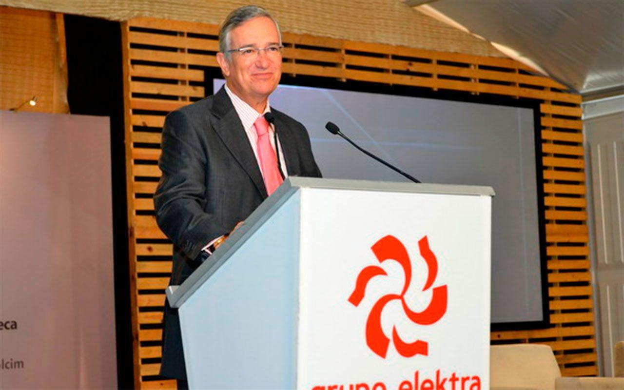 Salinas Pliego celebra que Ley Fintech modernice al sistema financiero