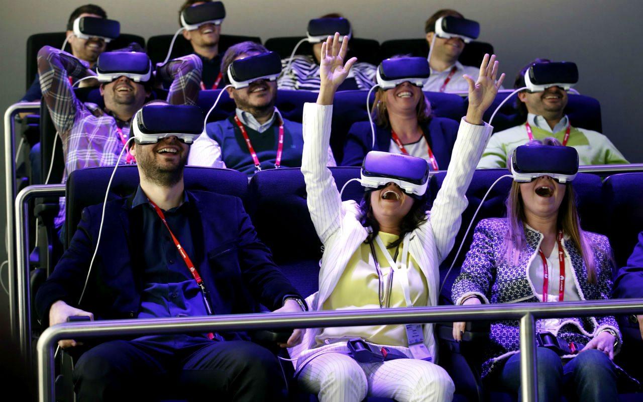Realidad virtual: entre la pornografía y la educación