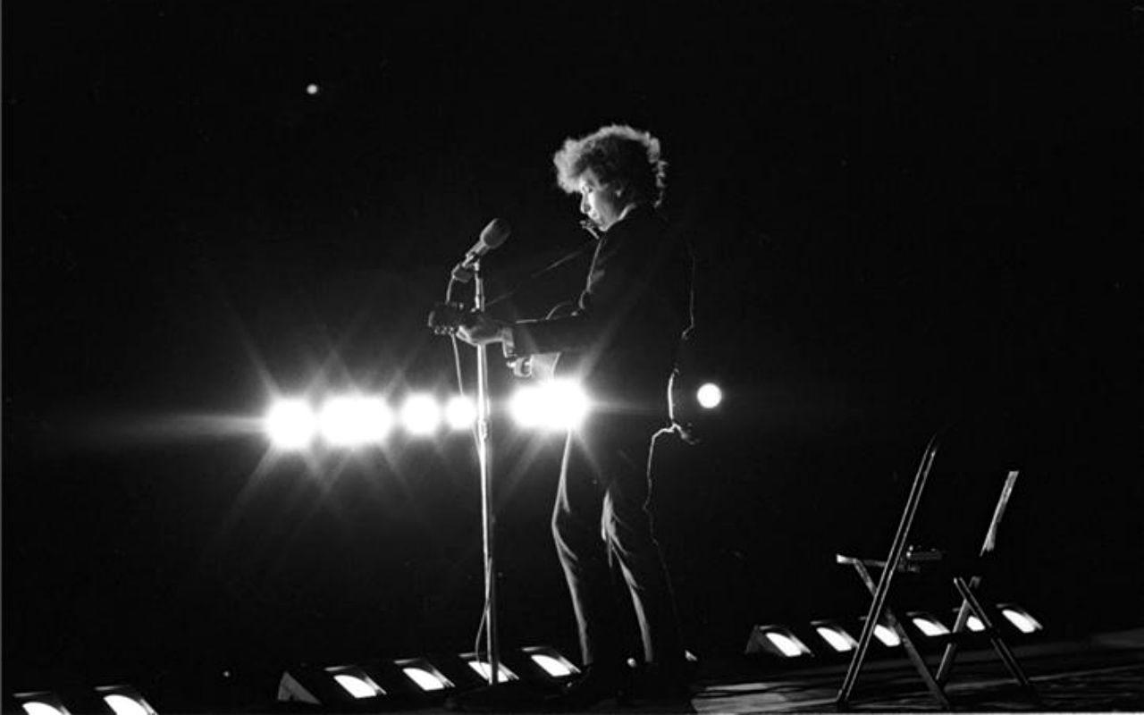 Festejemos a Bob Dylan, y por partida doble…