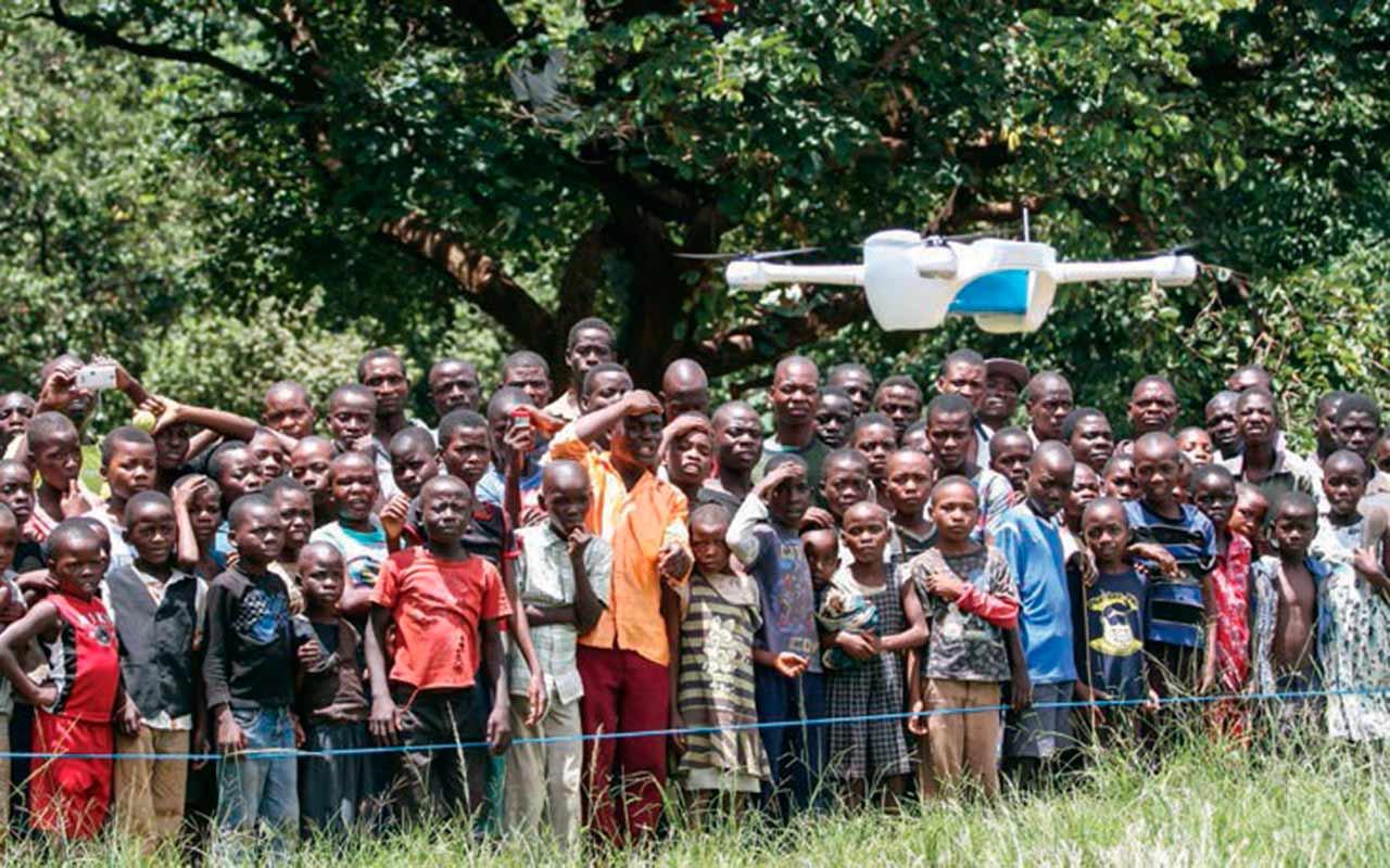 Los drones que llevan medicinas a los enfermos de VIH
