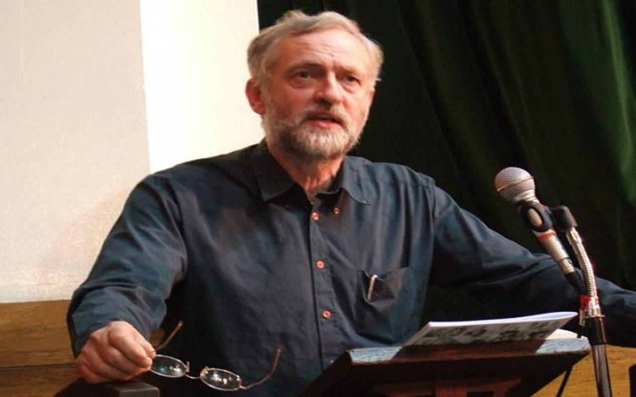 Corbyn, el líder laborista que se rehúsa a dimitir tras victoria del Brexit