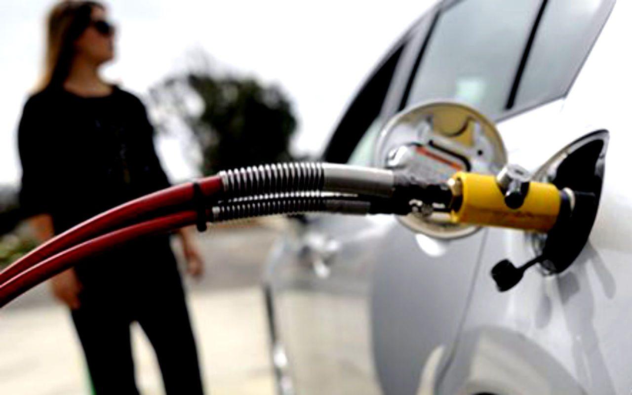 Pemex niega que exista desabasto de combustible en el país