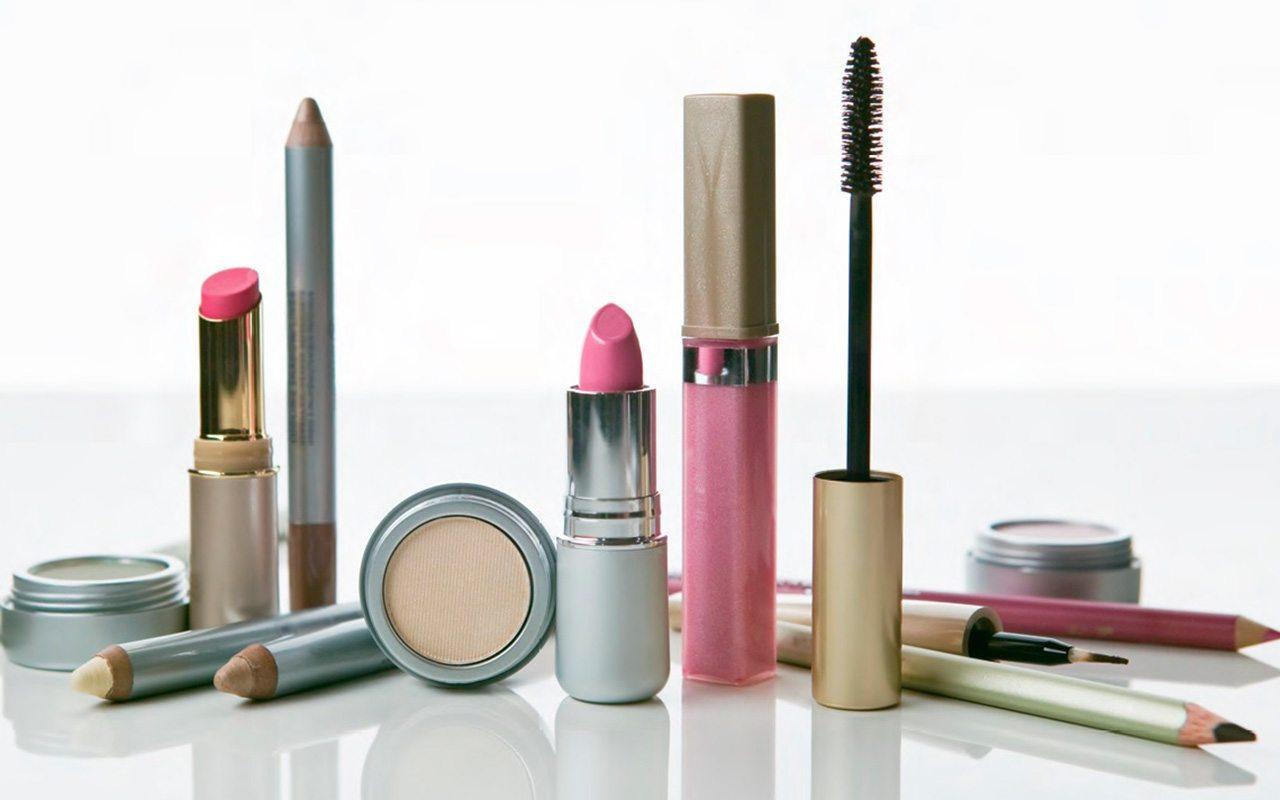 Casi todo el maquillaje que usas, contaminado con superbacterias