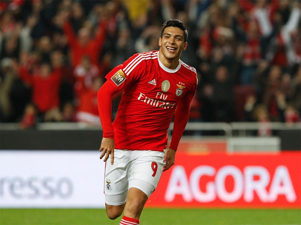 Raúl Jiménez, el jugador mexicano más caro en Europa