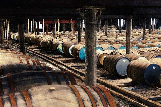 La destilería fundada por George Smith es considerada como la primera en producir whisky de manera legal.