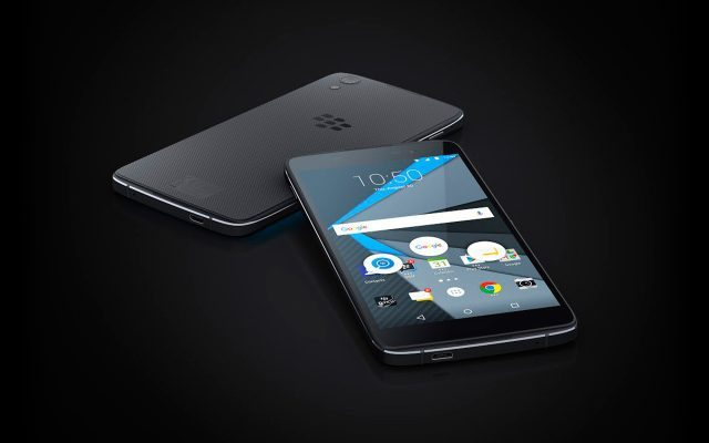 El DTEK 50 tiene una pantalla de 5.2 pulgadas y corre Android Marshmallow. (Foto: Cortesía de BB.)