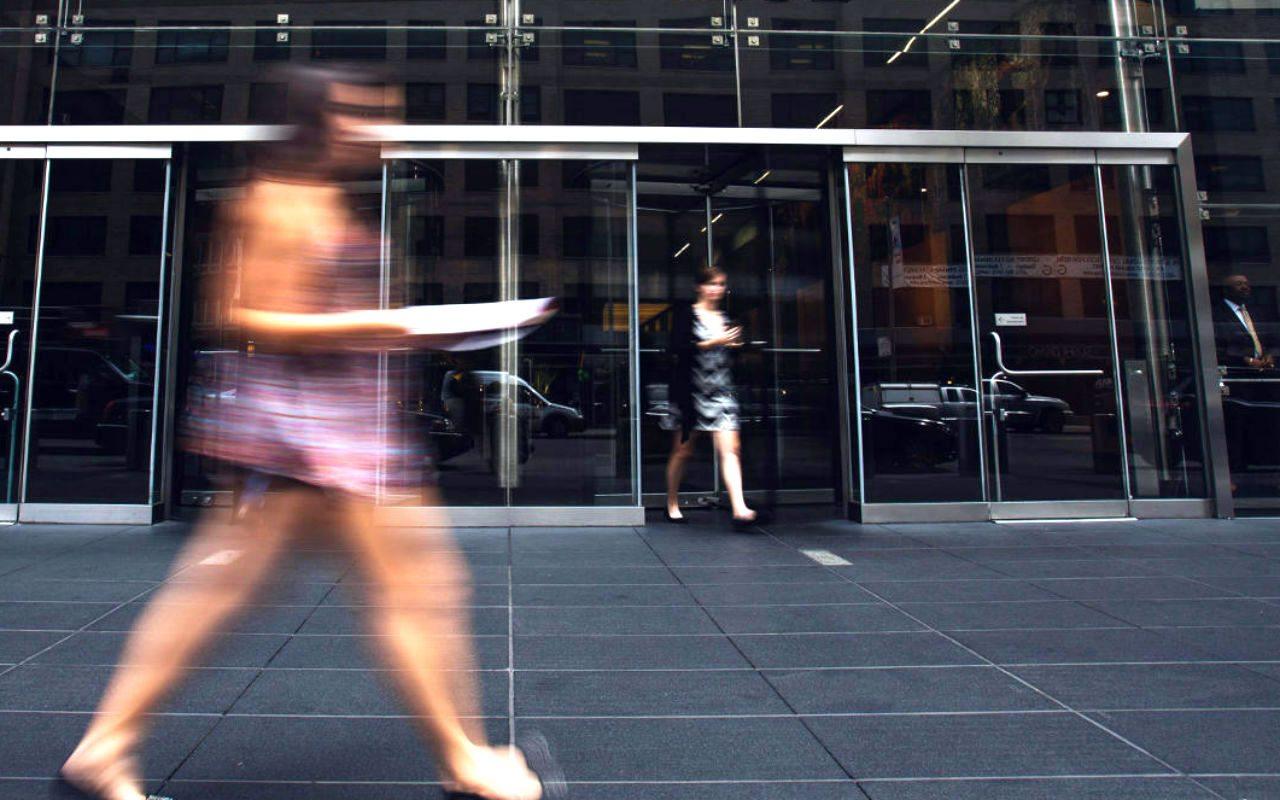 Bancos mexicanos corren peligro por nuevo gobierno en EU: Fitch