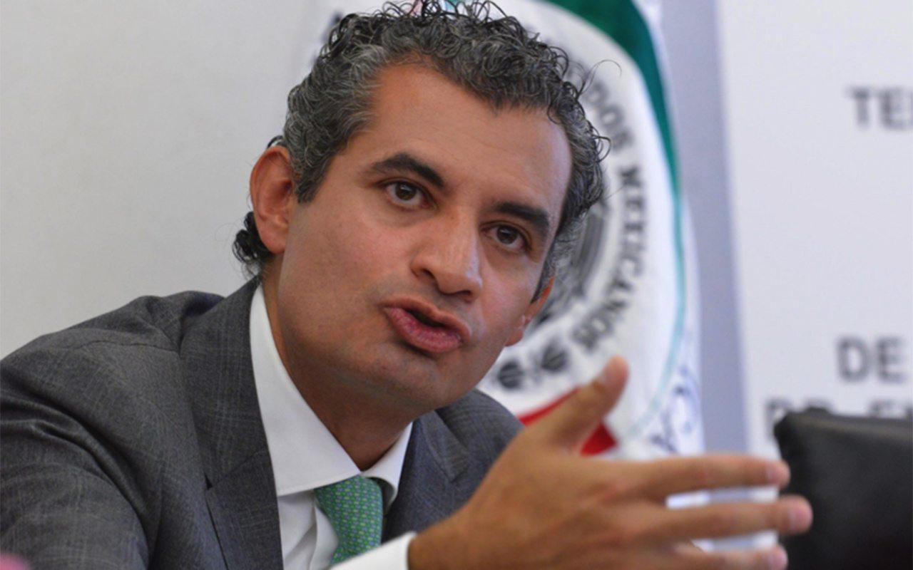 Resultado de imagen para Enrique Ochoa Reza, líder nacional del PRI.