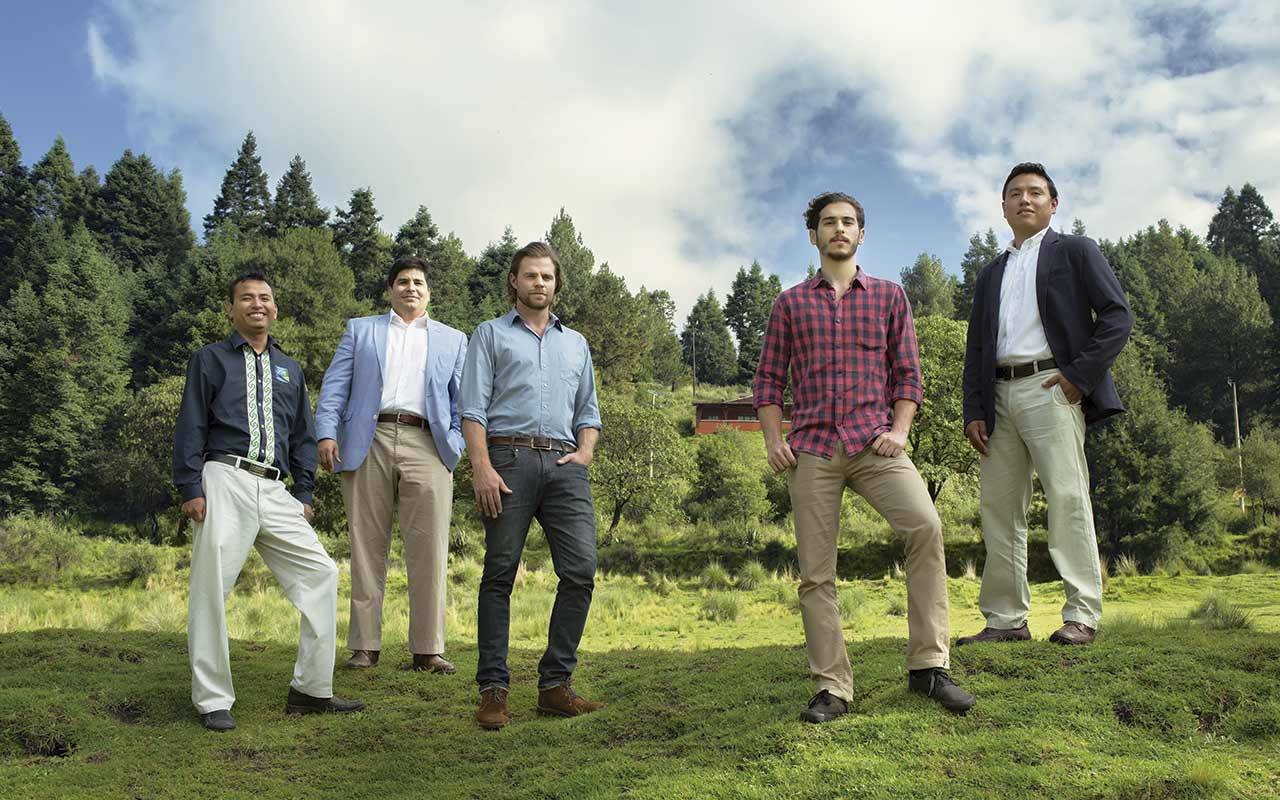 5 emprendedores cuidan el ambiente con negocios exitosos