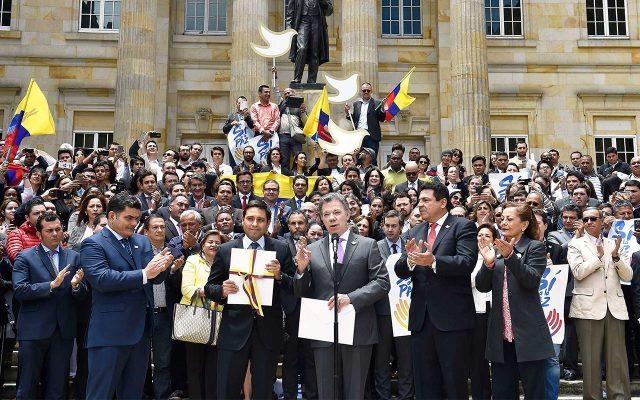 Entregó al congreso el texto con los acuerdos de paz