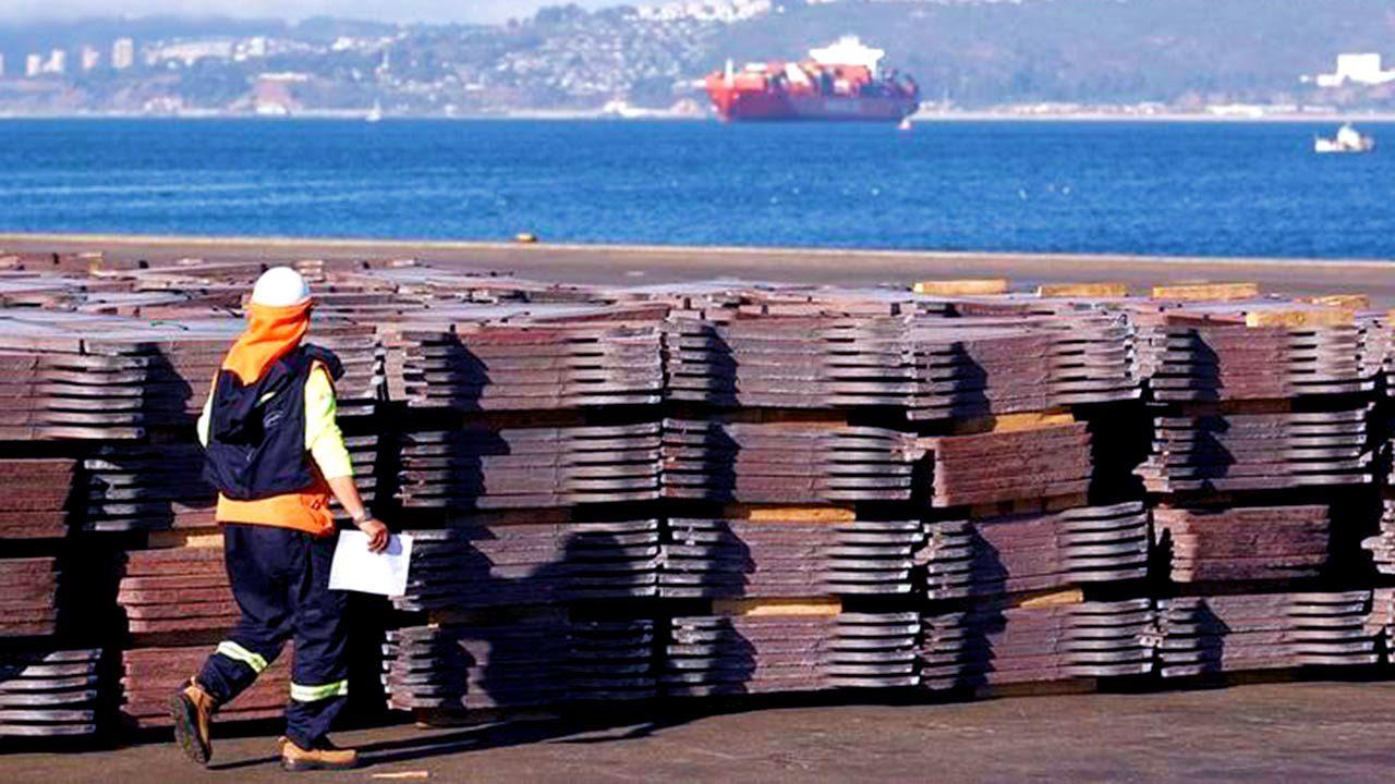 Balanza comercial registra déficit de 1,523 mdd en julio