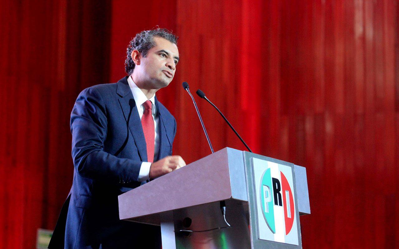 PRI se equivoca y quita derechos partidistas a dos que no son militantes